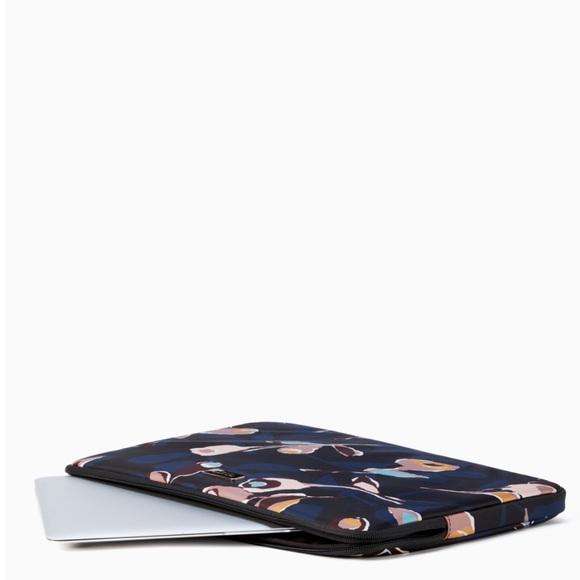 kate spade Accessories - kate spade new york laptop case